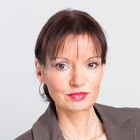 Надин Гиль