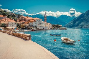 Личный счет в Черногории с личным визитом